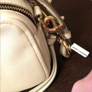 Marc Jacobs Bags - The Softshot 21 crossbody bag